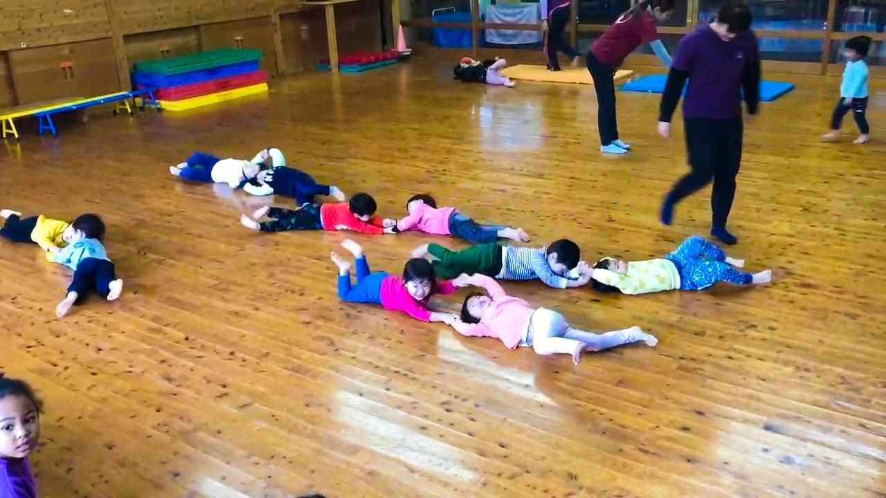 2歳児共感遊び(集まりっこ遊び)